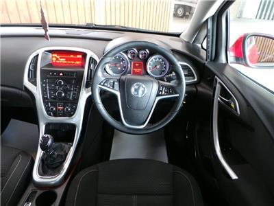 2012 Vauxhall Astra SRi 1398 Petrol Manual 5 Speed 5 Door Hatchback