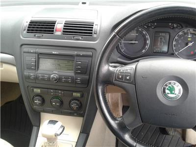 2005 Skoda Octavia Elegance DSG 1896 Diesel Sequential Automatic 6 Speed 5 Door Hatchback