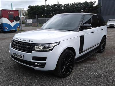 2016 Land Rover Range Rover Vogue SWB TDV6 4WD 2993 Diesel Automatic 8 Speed 5 Door Estate