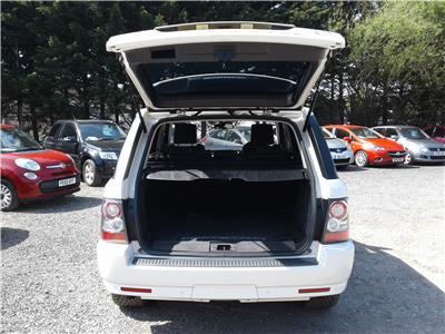 2010 Land Rover Range Rover HSE 2993 Diesel Automatic 6 Speed 5 Door Estate