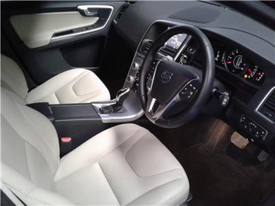2017 Volvo XC60 SE Nav T5 1969 Petrol Automatic 8 Speed 5 Door Estate