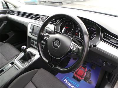 2016 Volkswagen Passat SE Business TDi 120 BMT 1598 Diesel Manual 6 Speed 4 Door Saloon