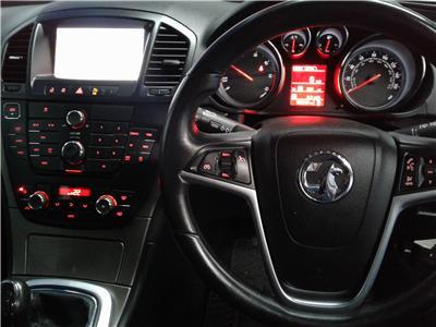2012 Vauxhall Insignia Exclusiv Nav CDTi 1956 Diesel Manual 6 Speed 5 Door Hatchback