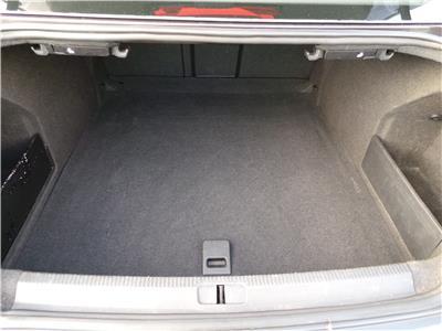 2011 Volkswagen Passat SE TDi BMT 1968 Diesel Manual 6 Speed 4 Door Saloon
