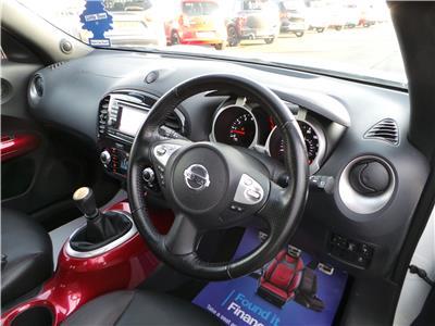 2011 Nissan Juke Tekna 1618 Petrol Manual 6 Speed 5 Door Hatchback