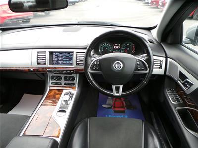 2011 Jaguar XF SE 2179 Diesel Automatic 8 Speed 4 Door Saloon