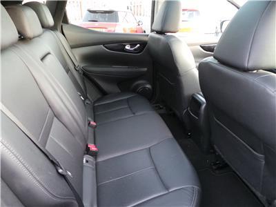 2014 Nissan Qashqai Tekna dCi 1461 Diesel Manual 6 Speed 5 Door Hatchback
