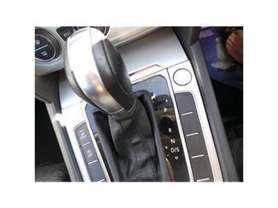 2015 VOLKSWAGEN PASSAT SE BUSINESS TDI BLUEMOTION TEC 1968 DIESEL SEMI AUTO 6 Speed 4 DOOR SALOON