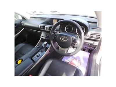 2014 LEXUS IS 300H LUXURY 2493 PETROL/ELECTRIC CVT 1 Speed 4 DOOR SALOON