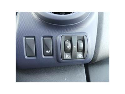 2017 VAUXHALL VIVARO COMBI CDTI S/S 1598 DIESEL MANUAL 6 Speed 5 DOOR MPV