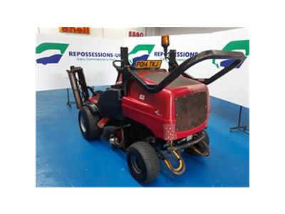 2014 TORO TORO LT3340 RIDE ON MOWER    TRACTOR