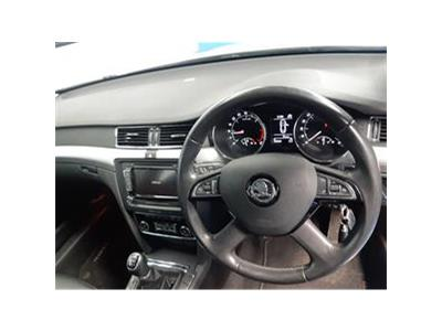 2013 SKODA SUPERB ELEGANCE TDI CR 1968 DIESEL MANUAL 6 Speed 5 DOOR HATCHBACK