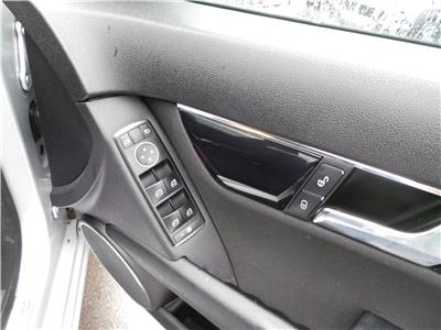 2010 MERCEDES C-CLASS C180 CGI BLUEEFFICIENCY SE 1796 PETROL AUTOMATIC 5 Speed 4 DOOR SALOON