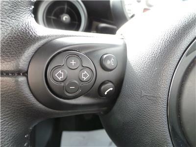 2011 MINI HATCH ONE 1598 PETROL MANUAL 6 Speed 3 DOOR HATCHBACK