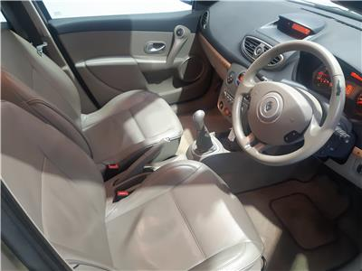 2007 RENAULT CLIO INITIALE 16V 1598 PETROL MANUAL 5 Speed 5 DOOR HATCHBACK