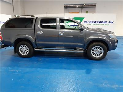 2014 TOYOTA HI-LUX INVINCIBLE 4X4 D-4D DCB 2982 DIESEL AUTOMATIC 5 Speed PICK UP
