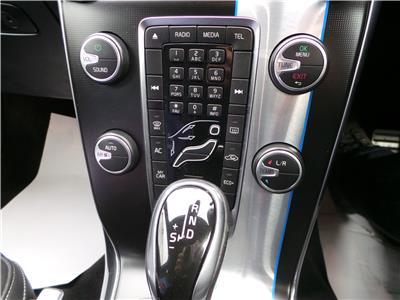 2015 VOLVO V40 D2 R-DESIGN LUX 1969 DIESEL AUTOMATIC 6 Speed 5 DOOR HATCHBACK