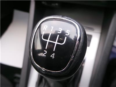 2015 SKODA OCTAVIA SE TDI CR 1598 DIESEL MANUAL 5 Speed 5 DOOR HATCHBACK