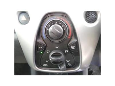 2016 PEUGEOT 108 ACTIVE 998 PETROL MANUAL 5 Speed 3 DOOR HATCHBACK