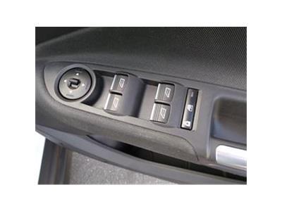 2016 FORD C-MAX TITANIUM TDCI 1499 DIESEL MANUAL 6 Speed 5 DOOR MPV