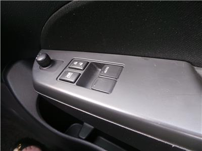 2013 SUZUKI SWIFT SZ-L 1242 PETROL MANUAL 5 Speed 5 DOOR HATCHBACK