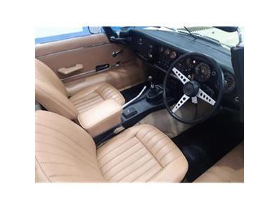 1974 JAGUAR E-TYPE 5300 PETROL MANUAL 4 Speed 2 DOOR CONVERTIBLE