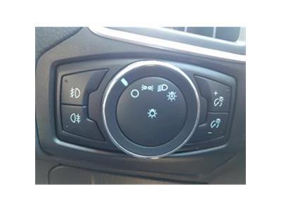 2013 FORD FOCUS TITANIUM X 999 PETROL MANUAL 6 Speed 5 DOOR HATCHBACK