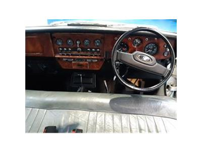 1983 DAIMLER LIMOUSINE 4.2 4235 PETROL AUTOMATIC  4 DOOR SALOON