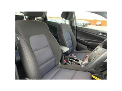 2016 HYUNDAI TUCSON CRDI SE NAV BLUE DRIVE 1685 DIESEL MANUAL 6 Speed 5 DOOR ESTATE