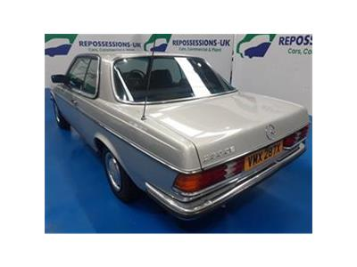 1981 MERCEDES COMPACT 230 CE 2299 PETROL AUTOMATIC  2 DOOR COUPE