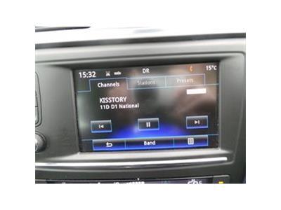 2017 RENAULT KADJAR DYNAMIQUE NAV TCE 1197 PETROL MANUAL 6 Speed 5 DOOR HATCHBACK