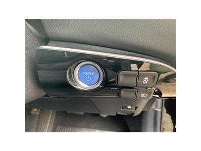 2017 TOYOTA PRIUS VVT-I ACTIVE 1798 PETROL/ELECTRIC CVT 1 Speed 5 DOOR HATCHBACK