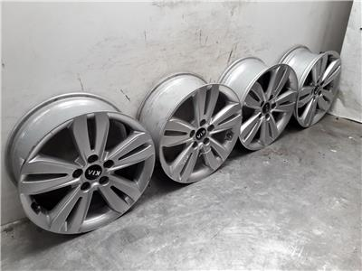 Set Of 2018 Genuine 17 Inch KIA SPORTAGE Alloy Wheels Rims 7x17 ET48.5 Set Of 4