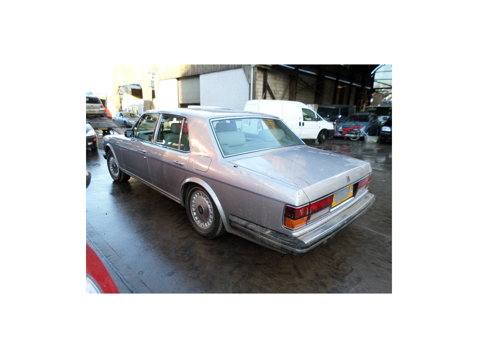 Rollsroyce Silver Spirit 1980 To 1989 Fuel Tank Sender And Pump Unit Rolls Royce