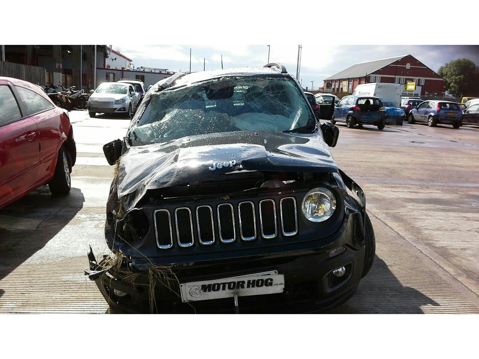 2015 Jeep Renegade 2015 5 Door Hatchback Petrol Manual