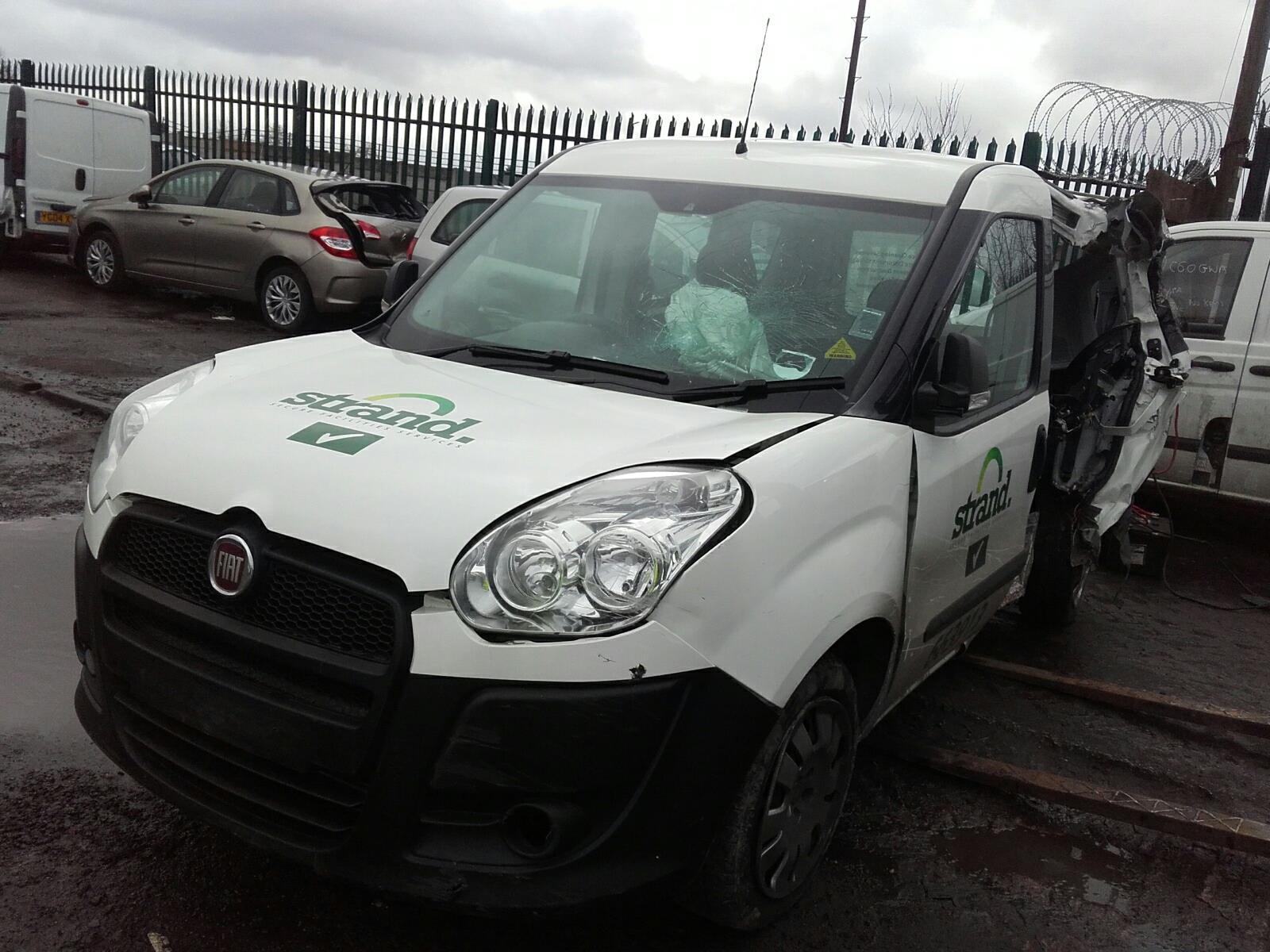 Fiat Doblo Combi 2010 On M.P.V. Fiat Doblo Combi 2010 On M.P.V. ...