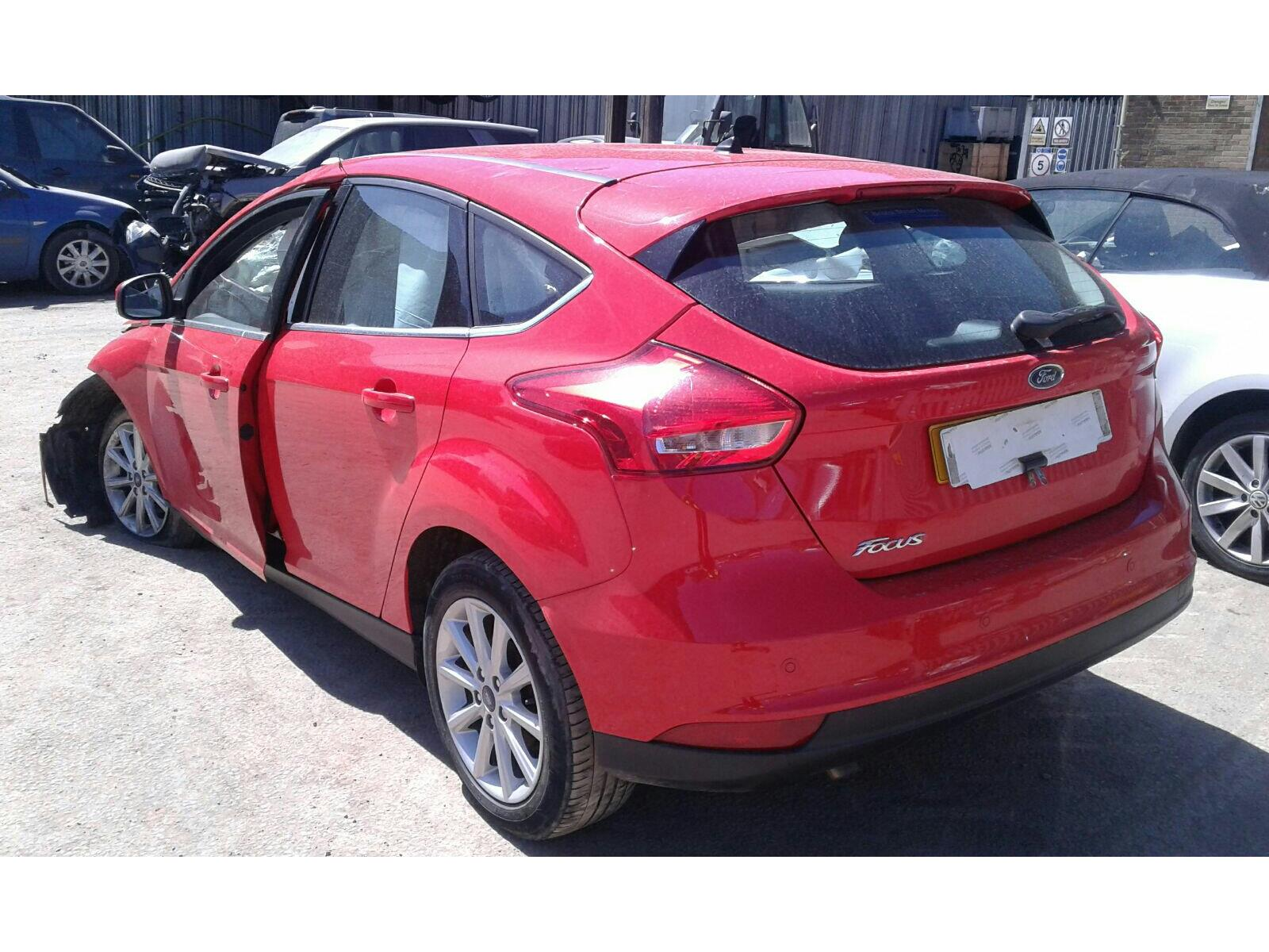 ... Ford Focus 2014 On 5 Door Hatchback ...