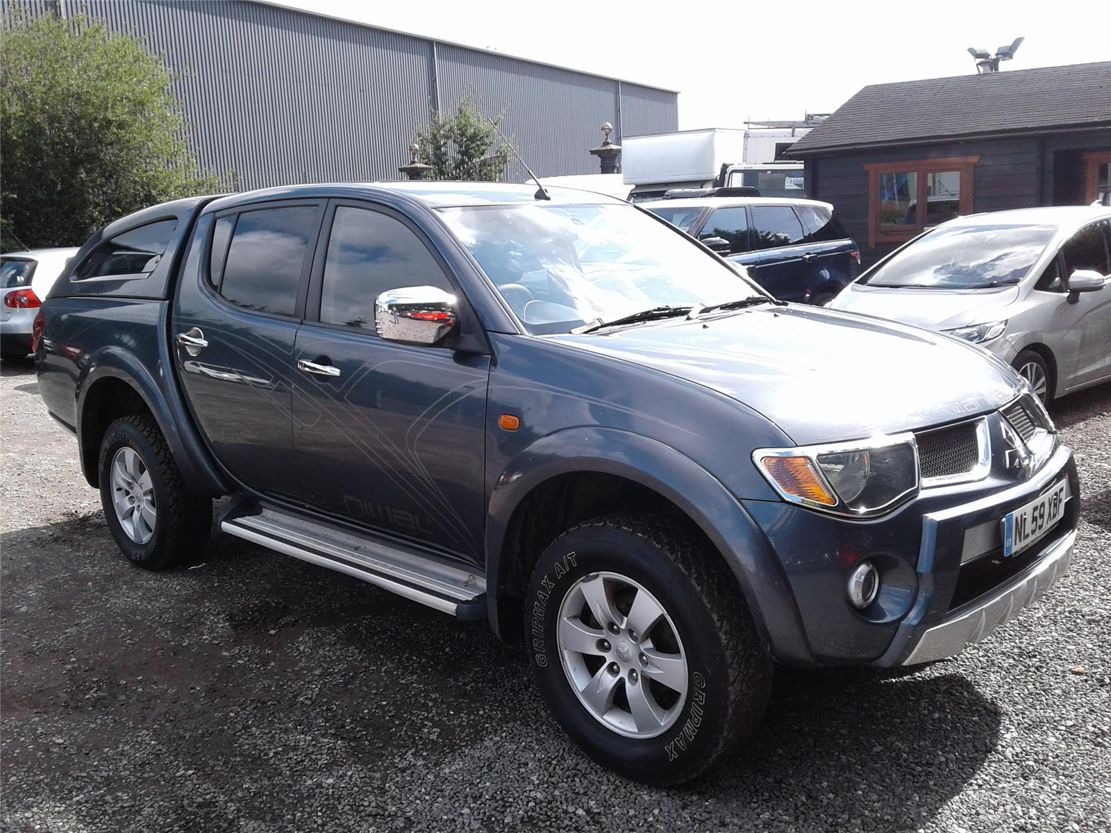2009 Mitsubishi L200 Animal Double Cab 2477 Diesel Manual 5 Speed Pick-Up