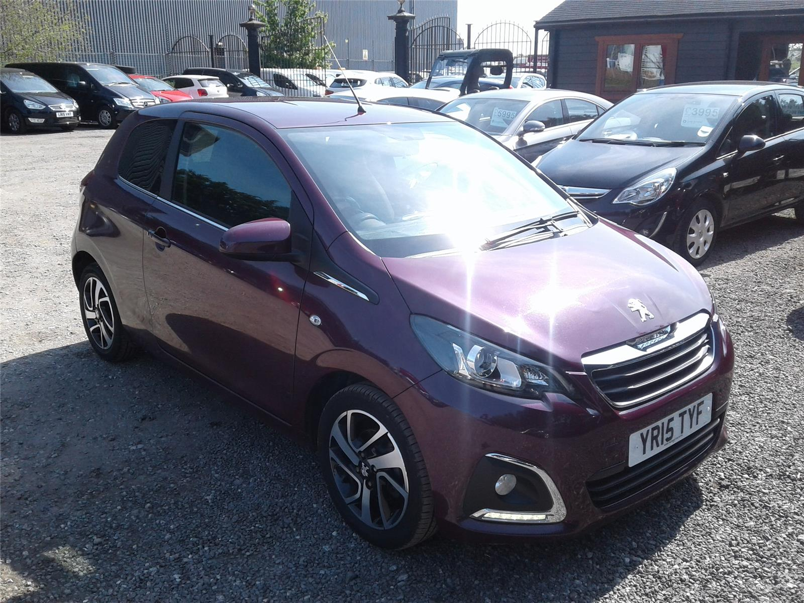2015 Peugeot 108 Allure PureTech VTi 82 1199 Petrol Manual 5 Speed 3 Door Hatchback