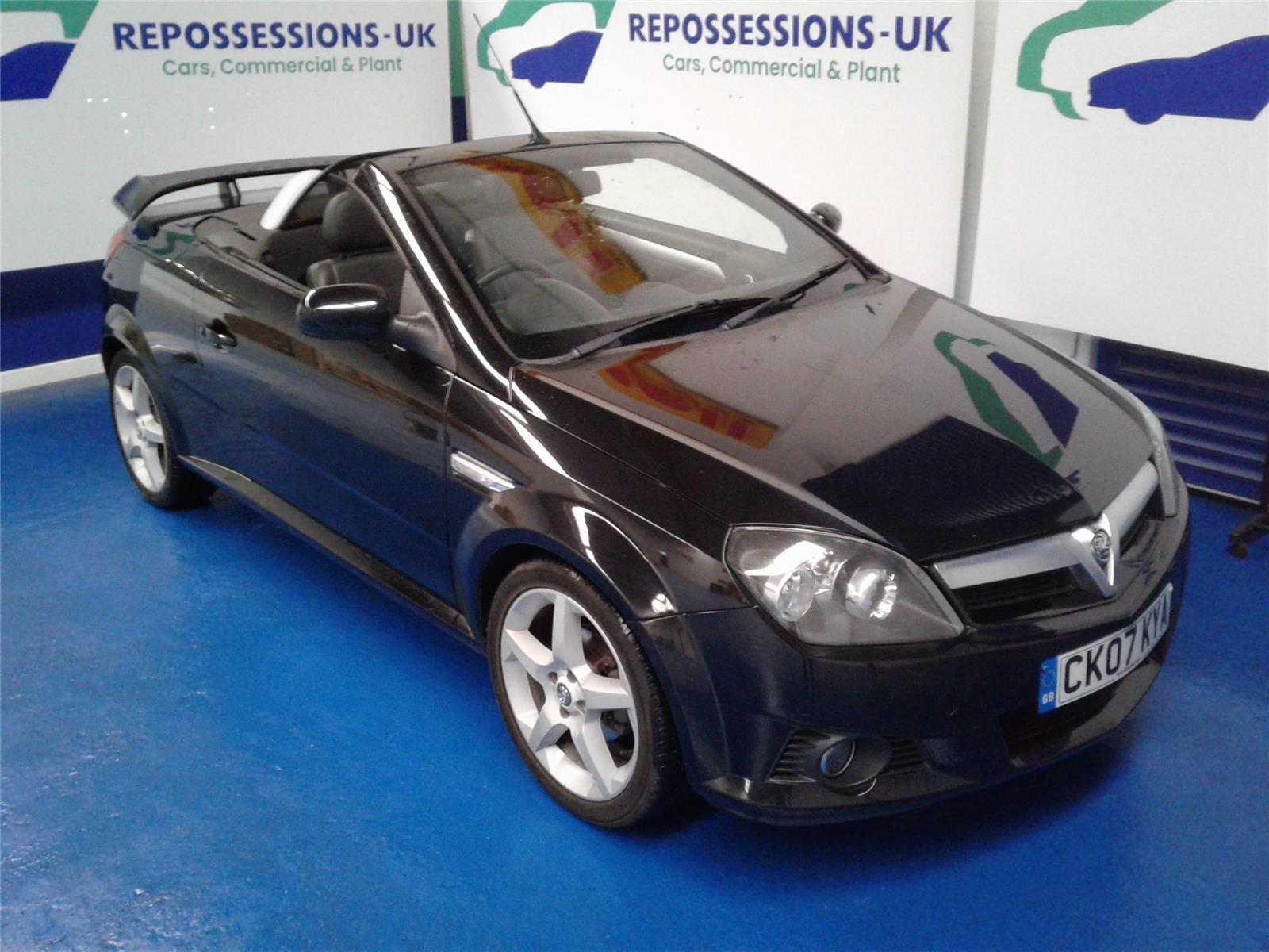 2007 Vauxhall Tigra EXCLUSIV (CC) 1796 Petrol Manual 5 Speed 2 Door Cabriolet