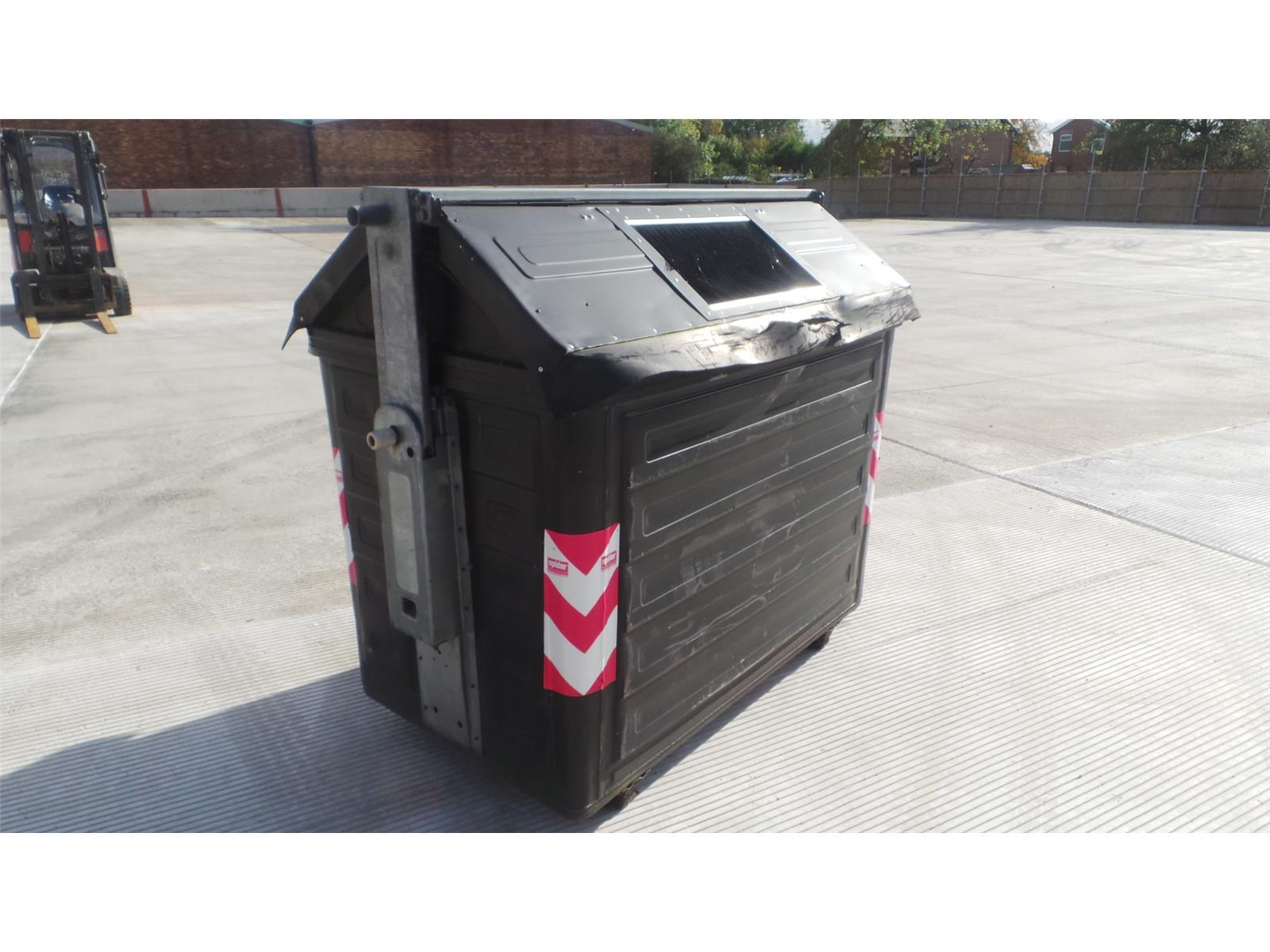 TIPPING SKIPS PLANT TRADE BIN    TIPPER