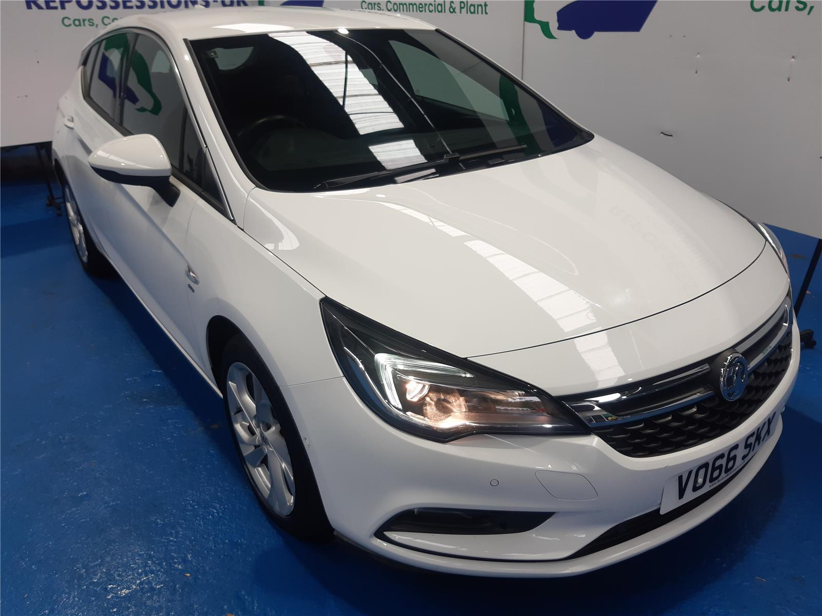 2016 VAUXHALL ASTRA SRI NAV S/S 1399 PETROL AUTOMATIC 6 Speed 5 DOOR HATCHBACK