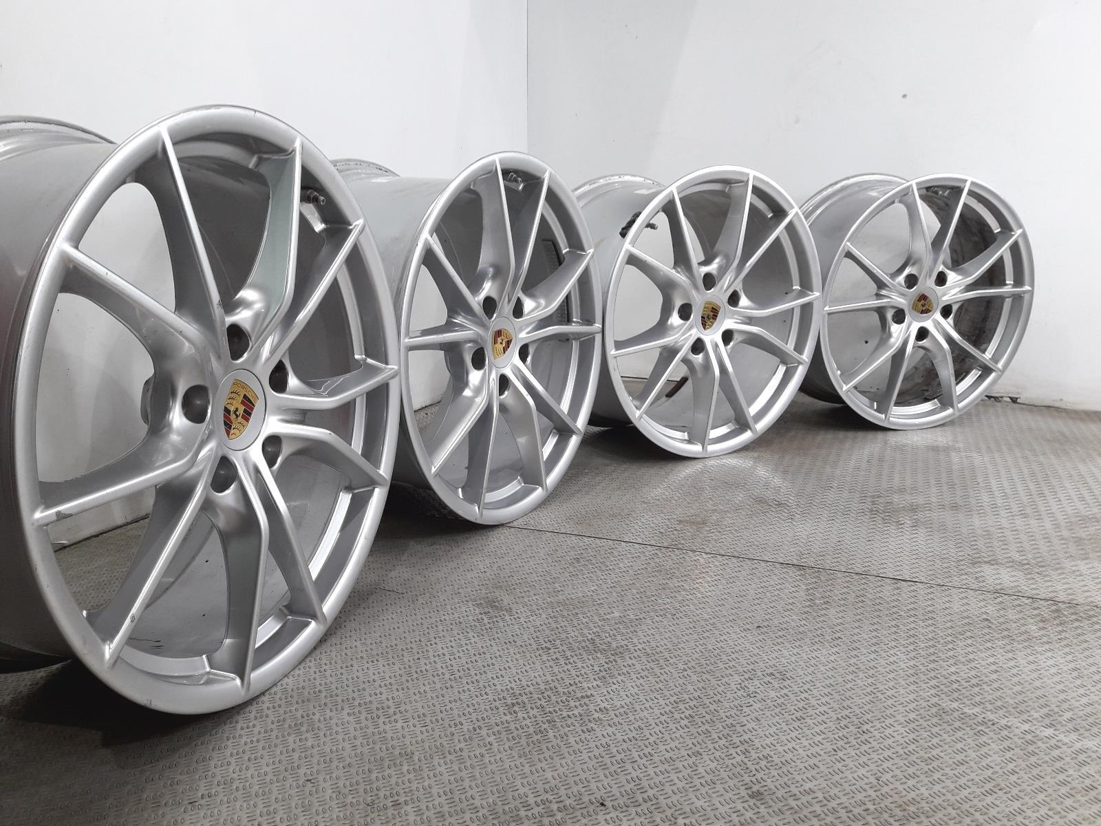 Set Of Genuine 20 Inch PORSCHE 911-991 CARRERA Alloy Wheels Rims 991.362.760.00