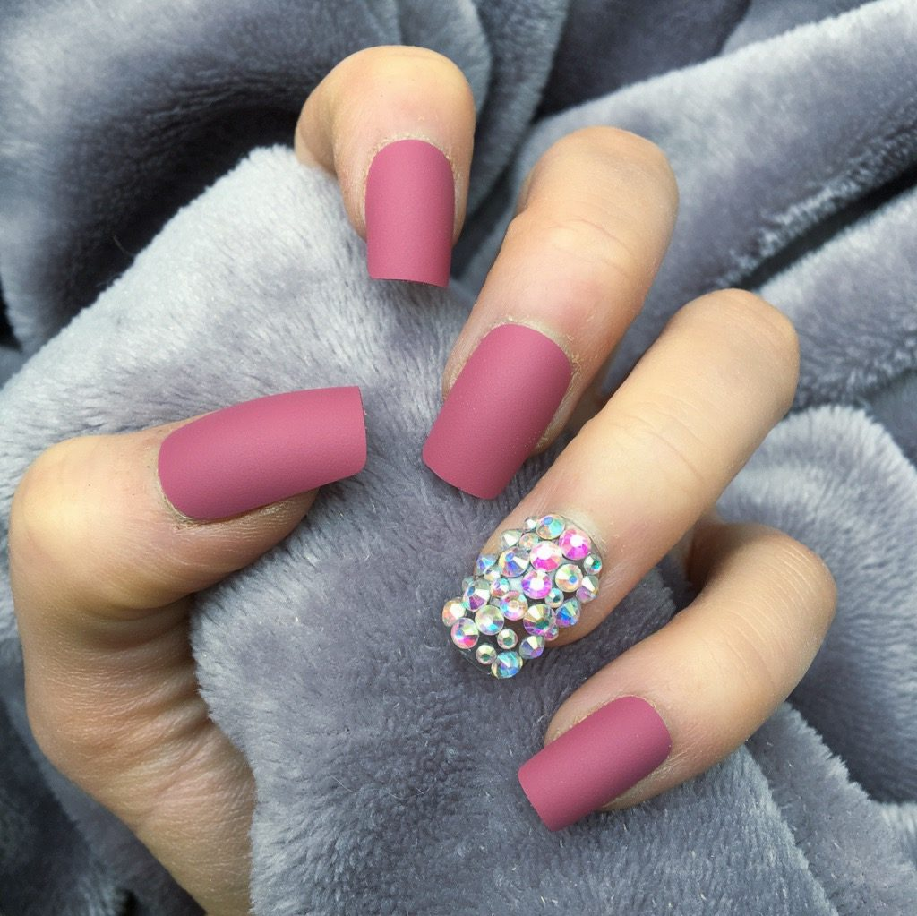 122 Nail Art Designs That You Won T Find On Google Images: Diamante Nails Pink