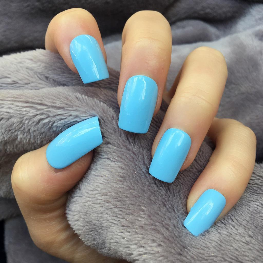 Baby Blue Gloss Short Square Doobys Nails