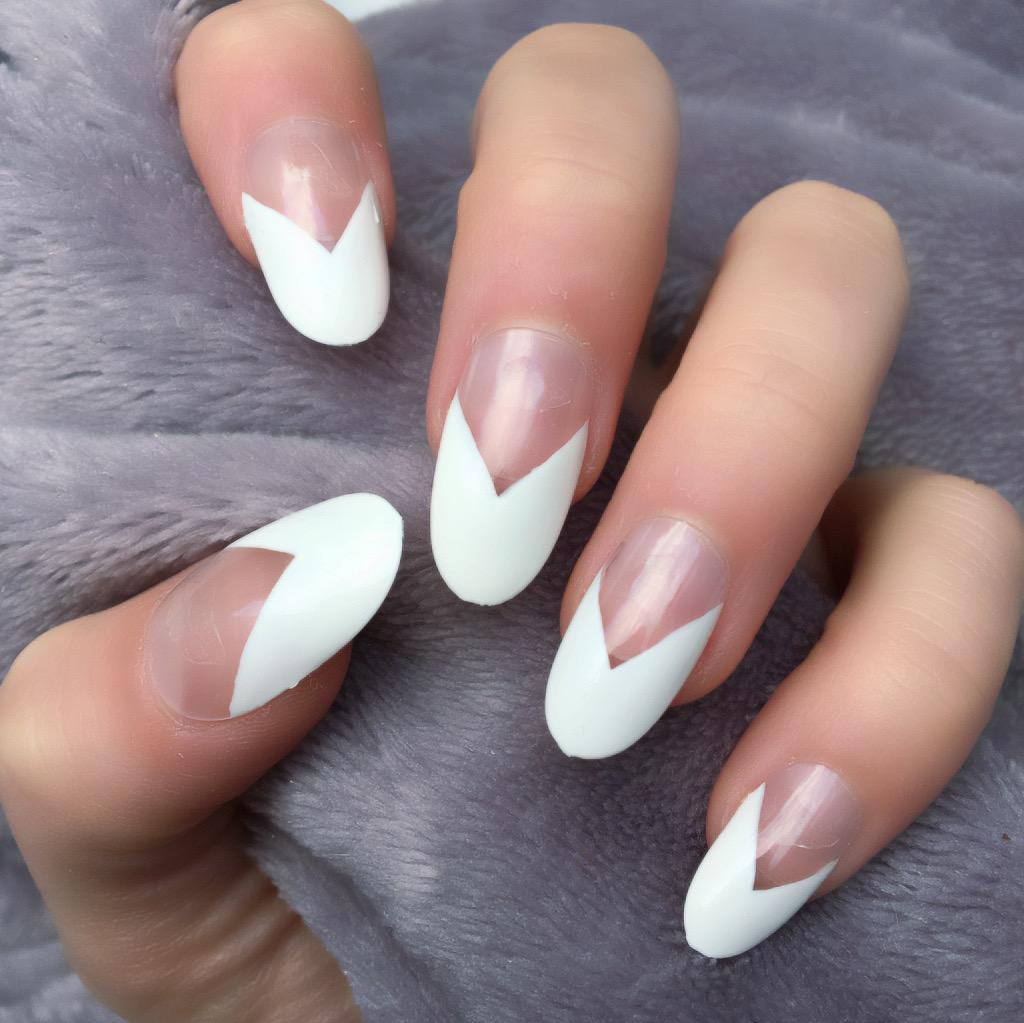 French Manicure Oval – Doobys Nails