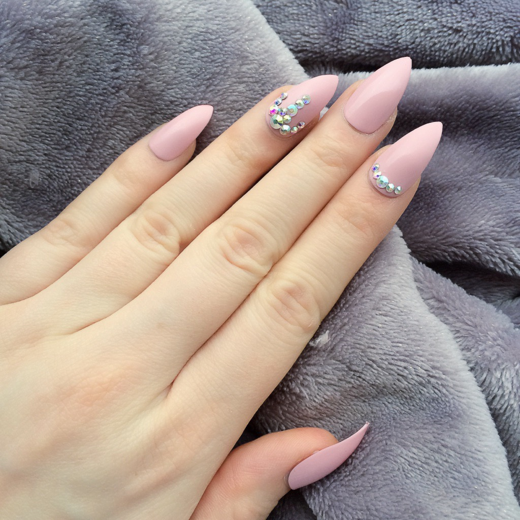Fancy Baby Pink Stiletto – Doobys Nails