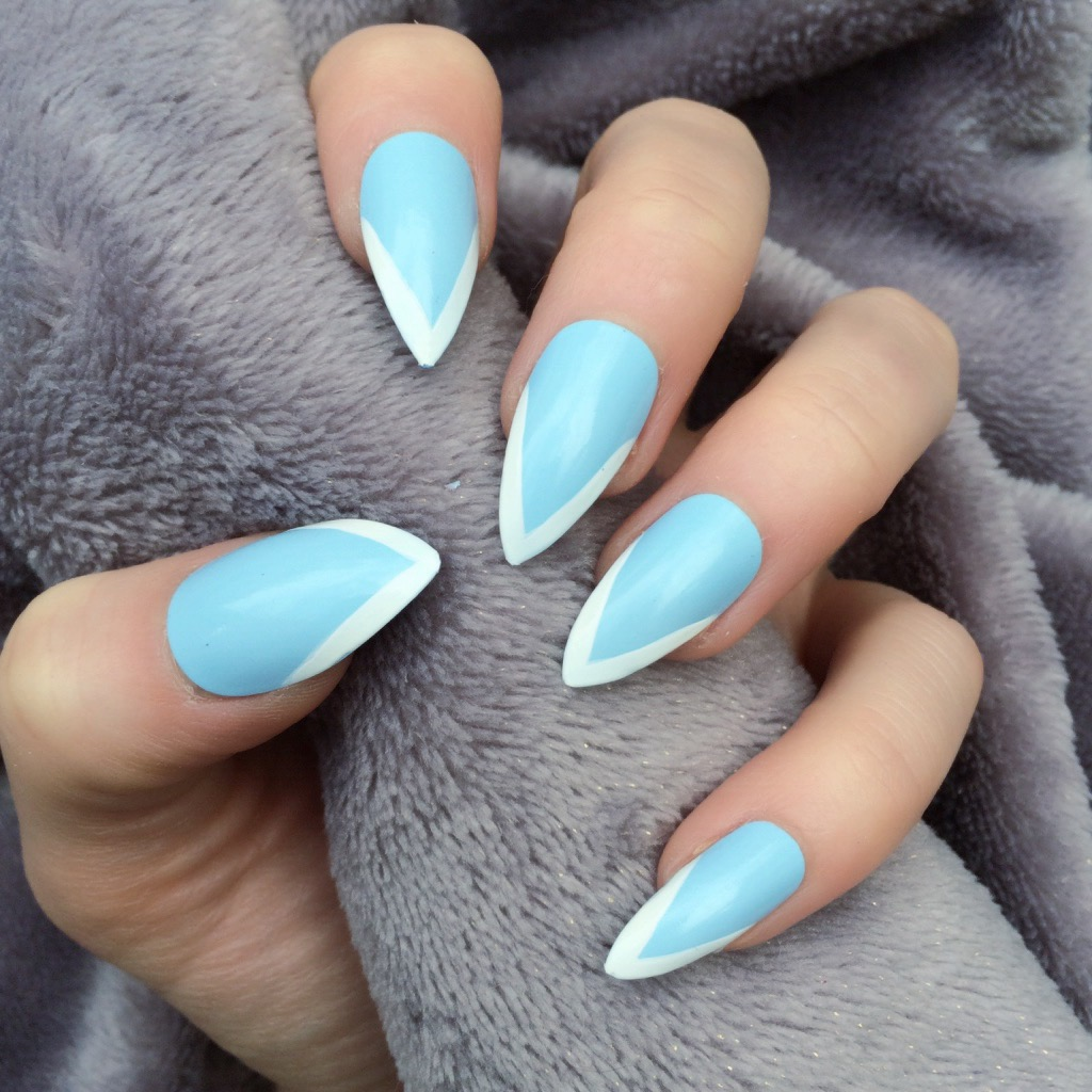 Baby Blue And White Nail Designs