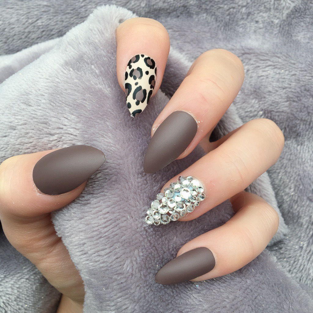 Natalie Brown Matte Stiletto – Doobys Nails