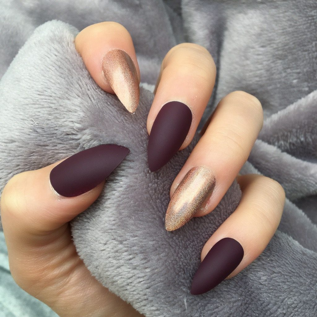 Maroon Matte Holographic Mocha Stiletto – Doobys Nails